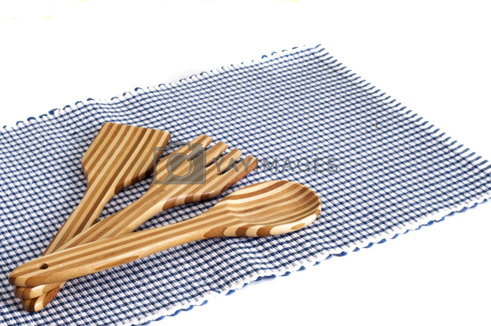 tablecloths and cutlery in bamboo by carla720