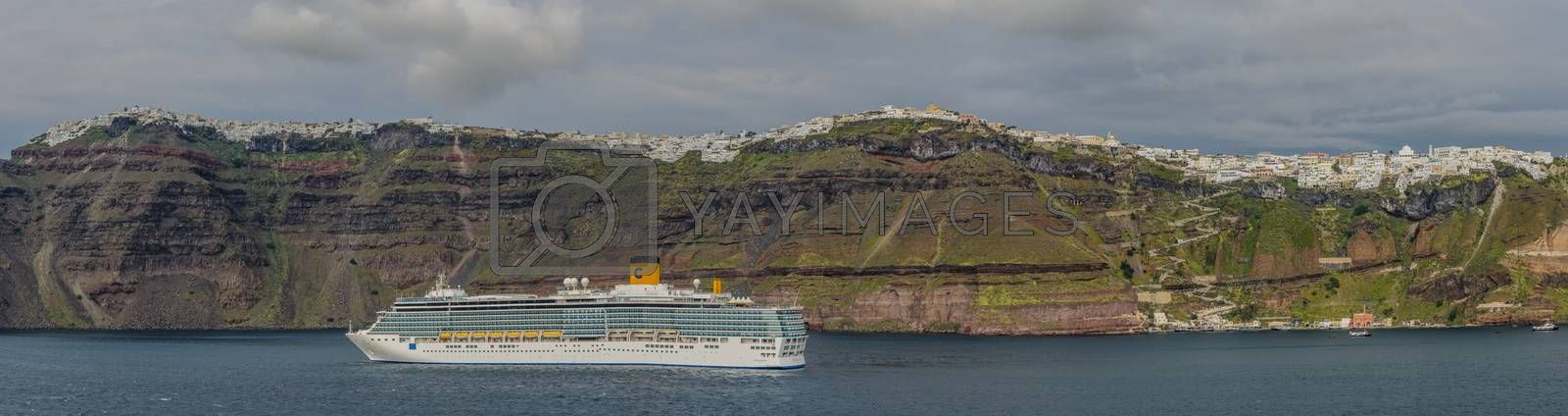 cruise ship in Santorini panorama view