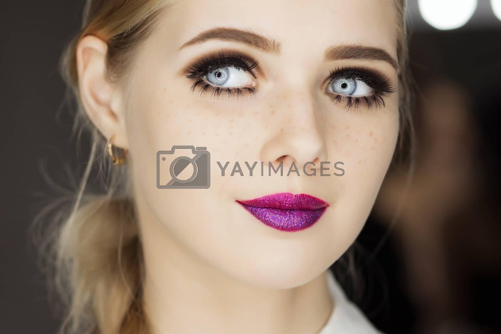 Beautiful glamour girl with short blonde hair. by Vasilii Kireev 3KS