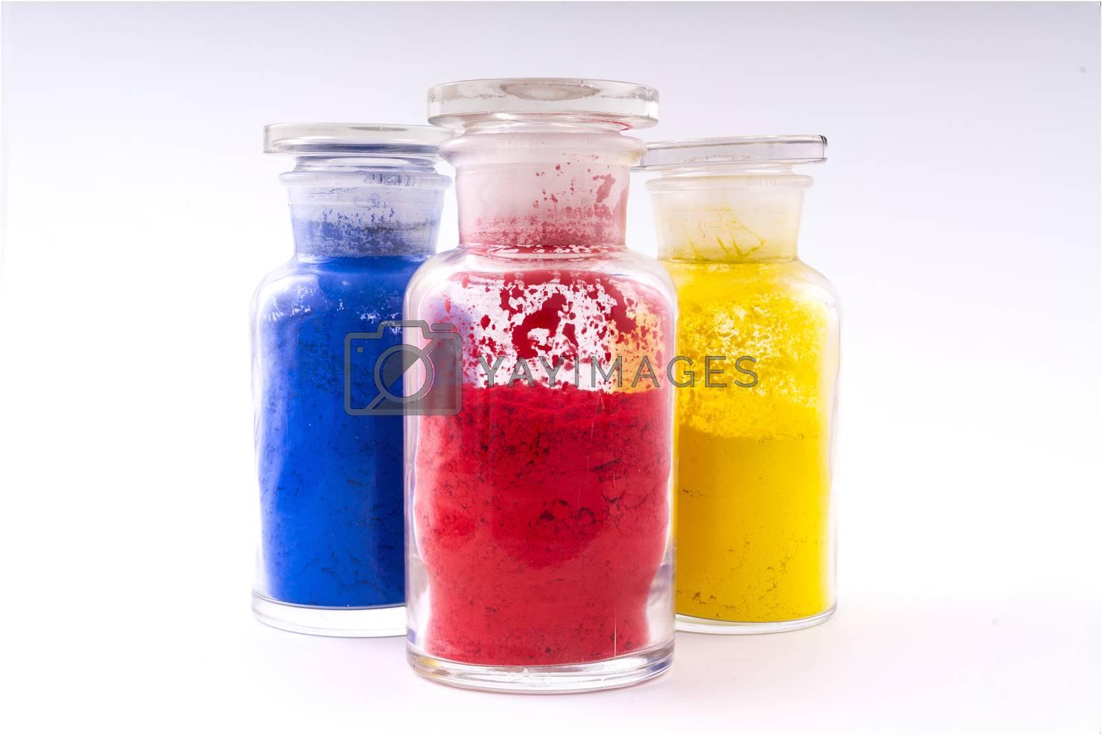 natural multicolored pigments in powder form by Delle Vedove