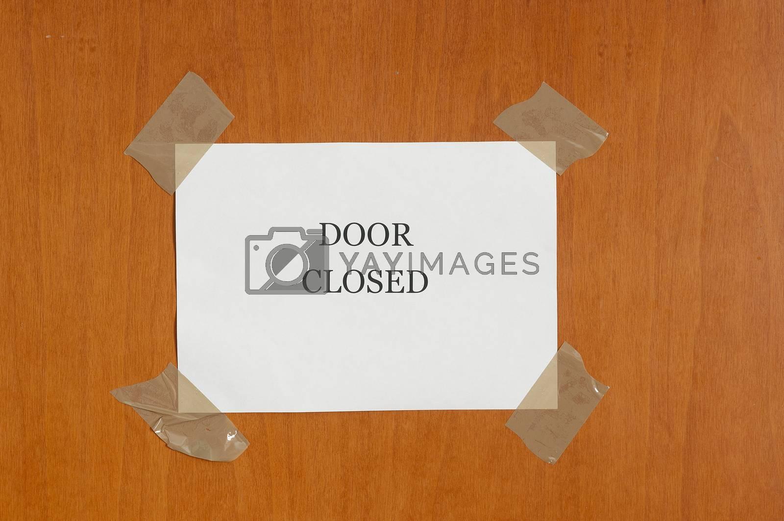 the inscription   Door closed by Delle Vedove