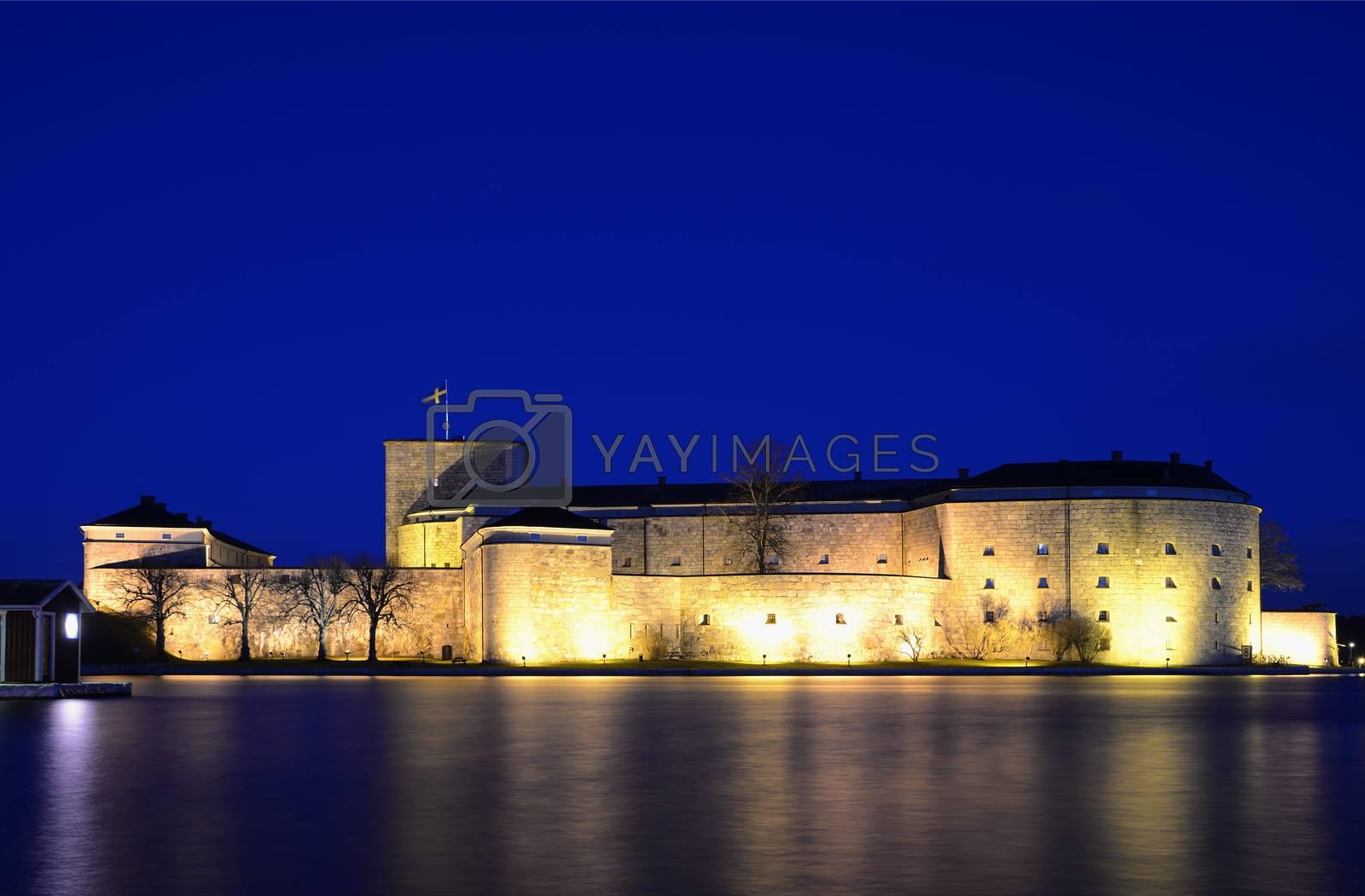 Vaxholms Castle in night