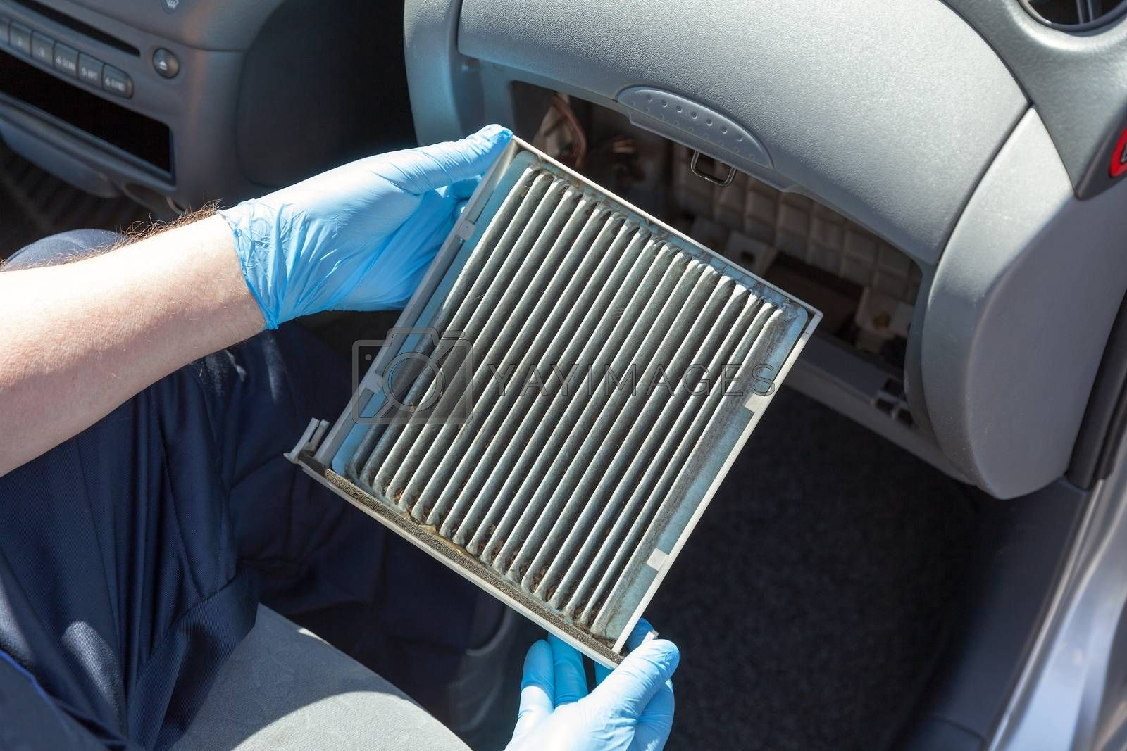 Replacing the old cabin air filter