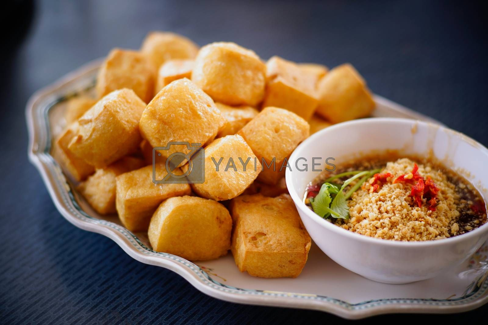 fried tofu with spicy sauce