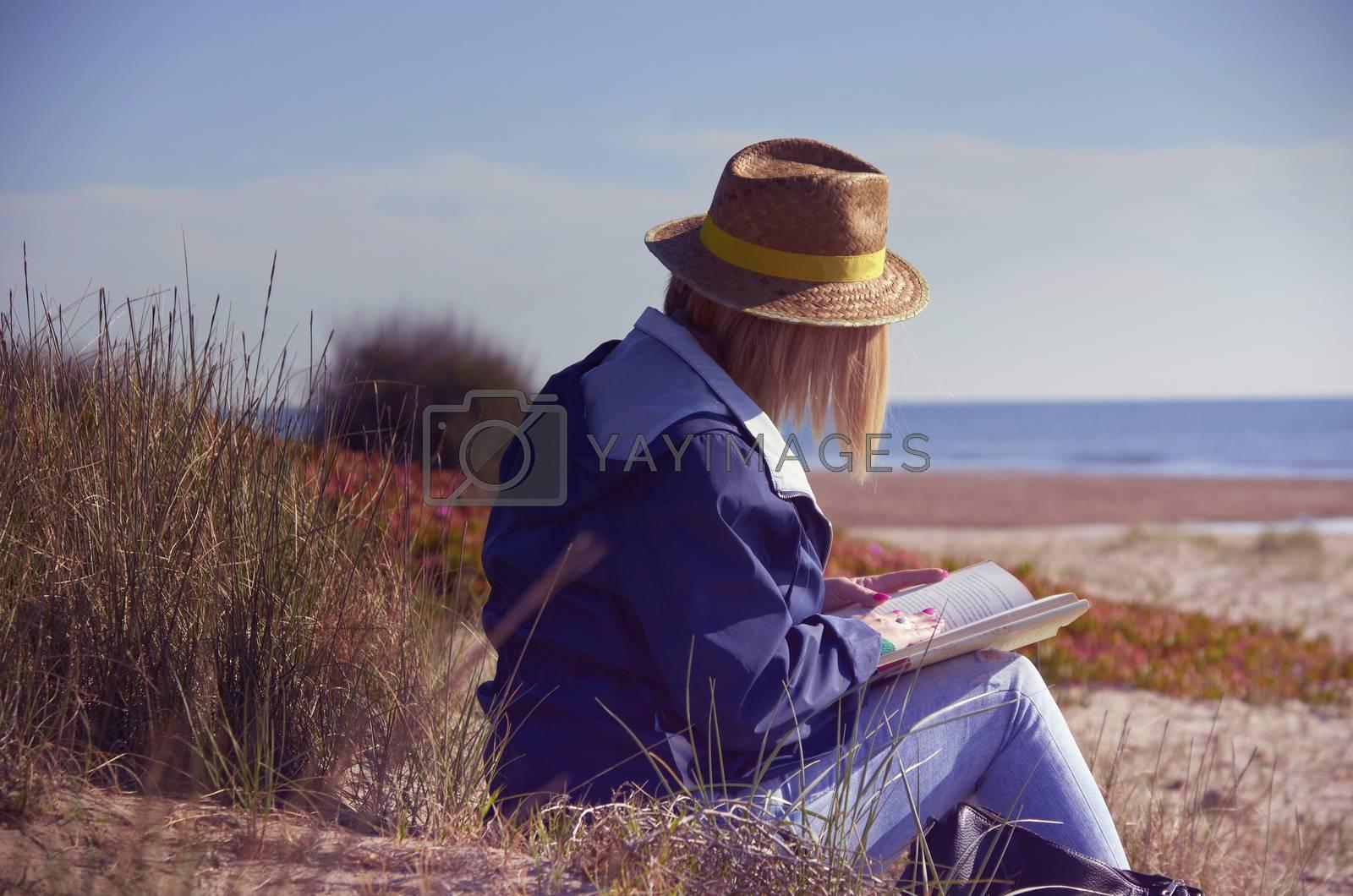 Sand, beach, sea, recreation by BPardoFotografia