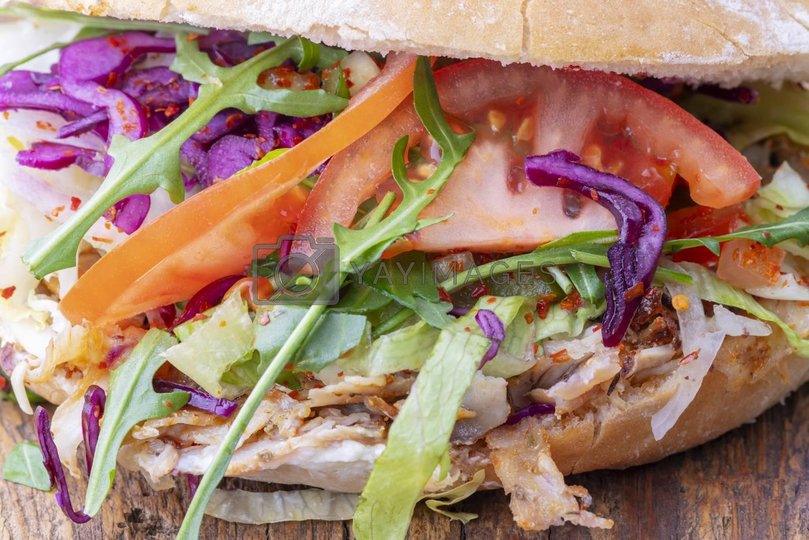 closeup of a doner sandwich  by bernjuer