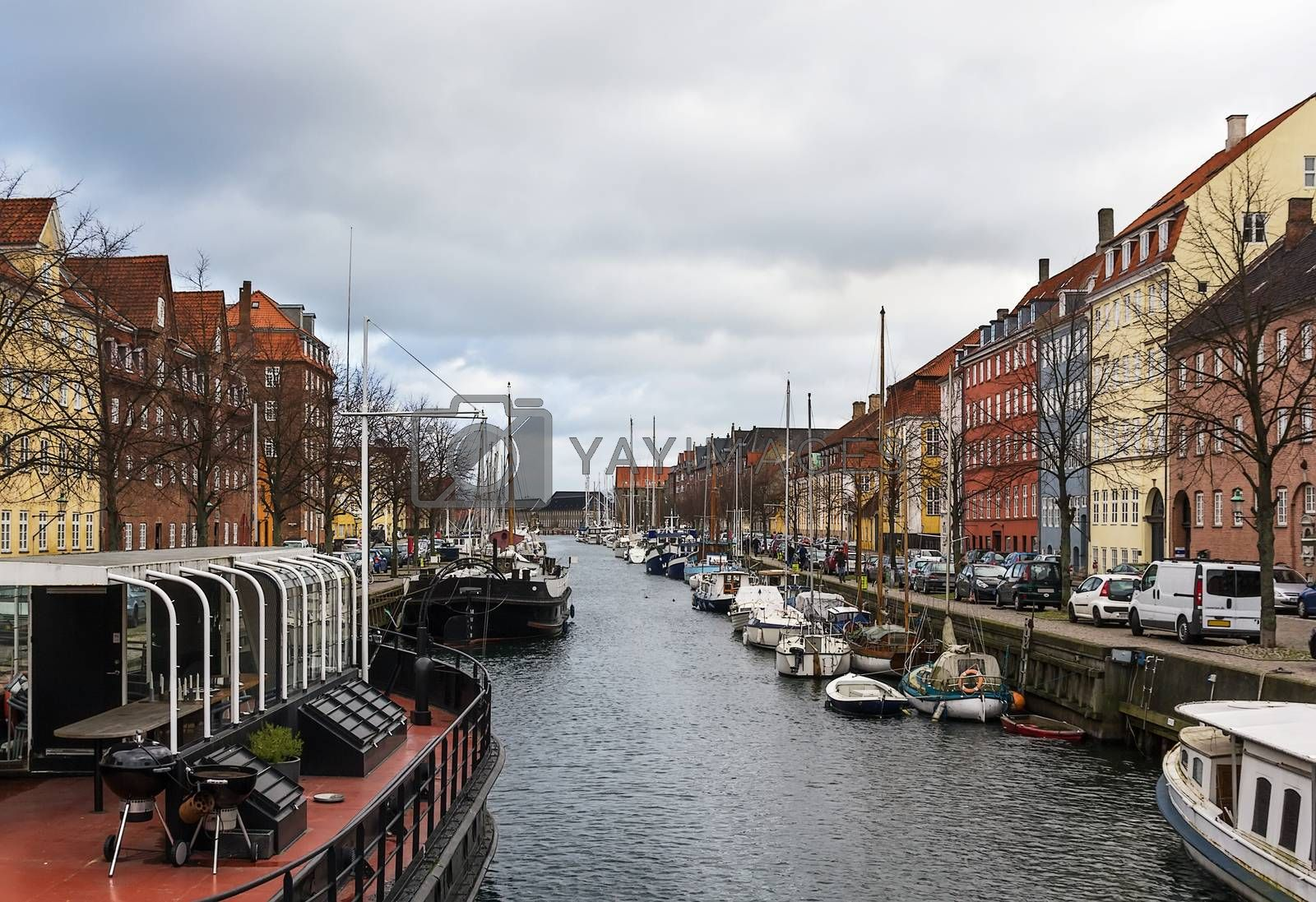 channel in Copenhagen by borisb17