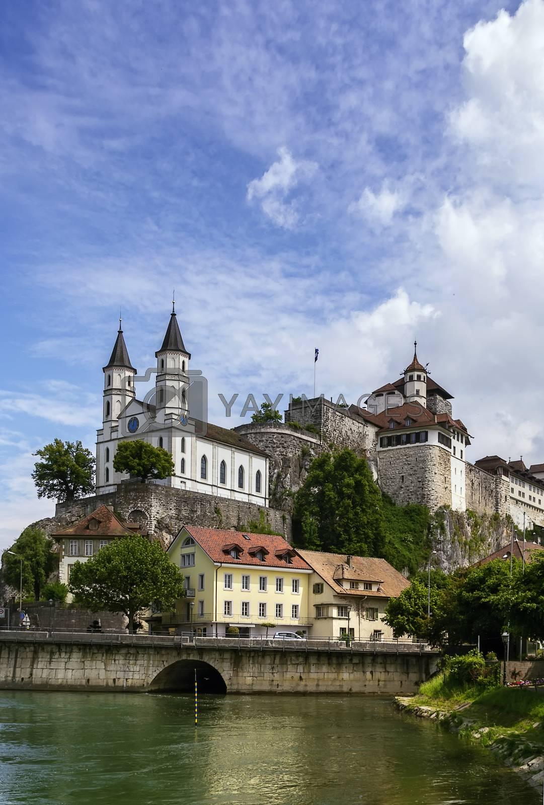 Aarburg Castle by borisb17