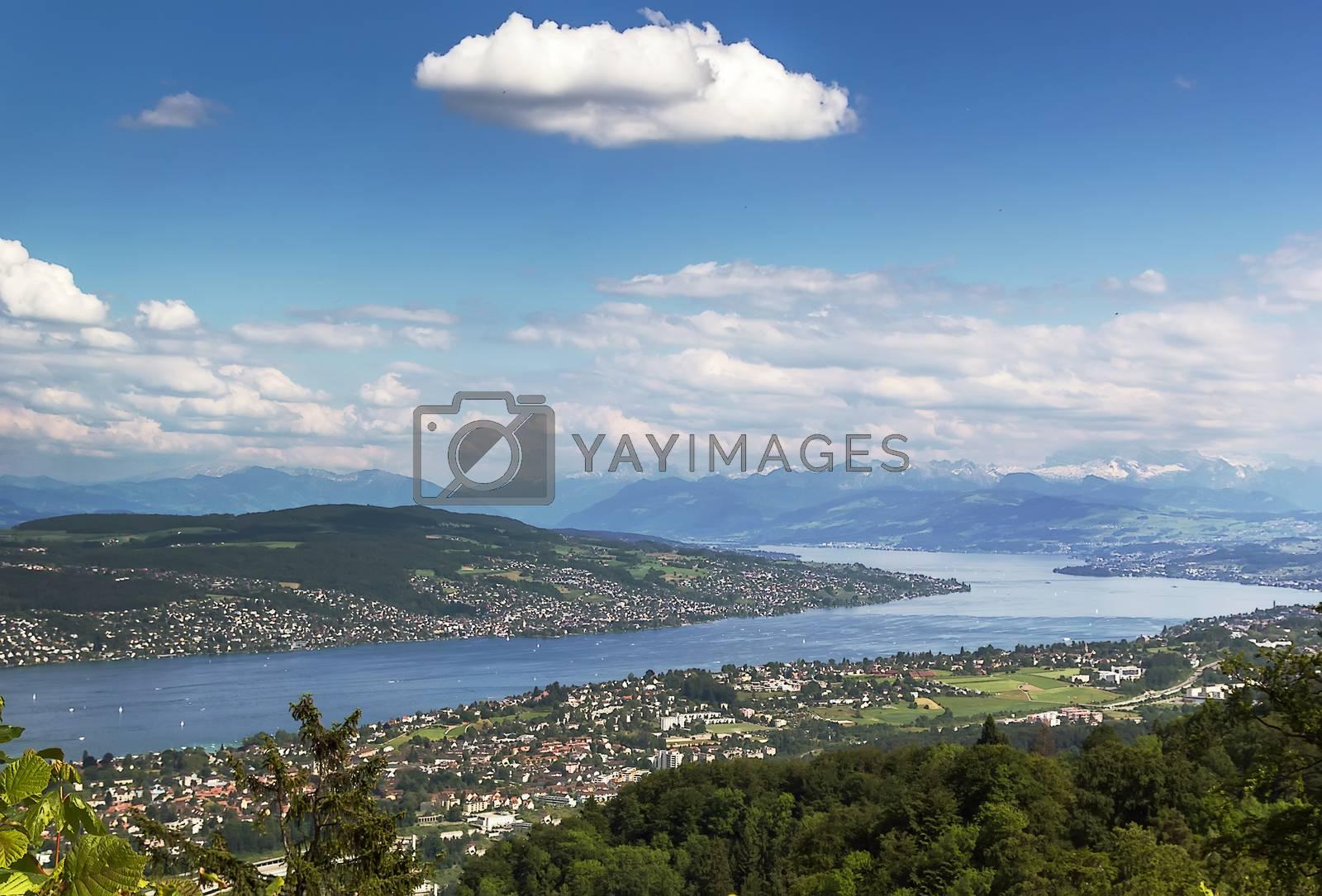 Lake Zurich by borisb17