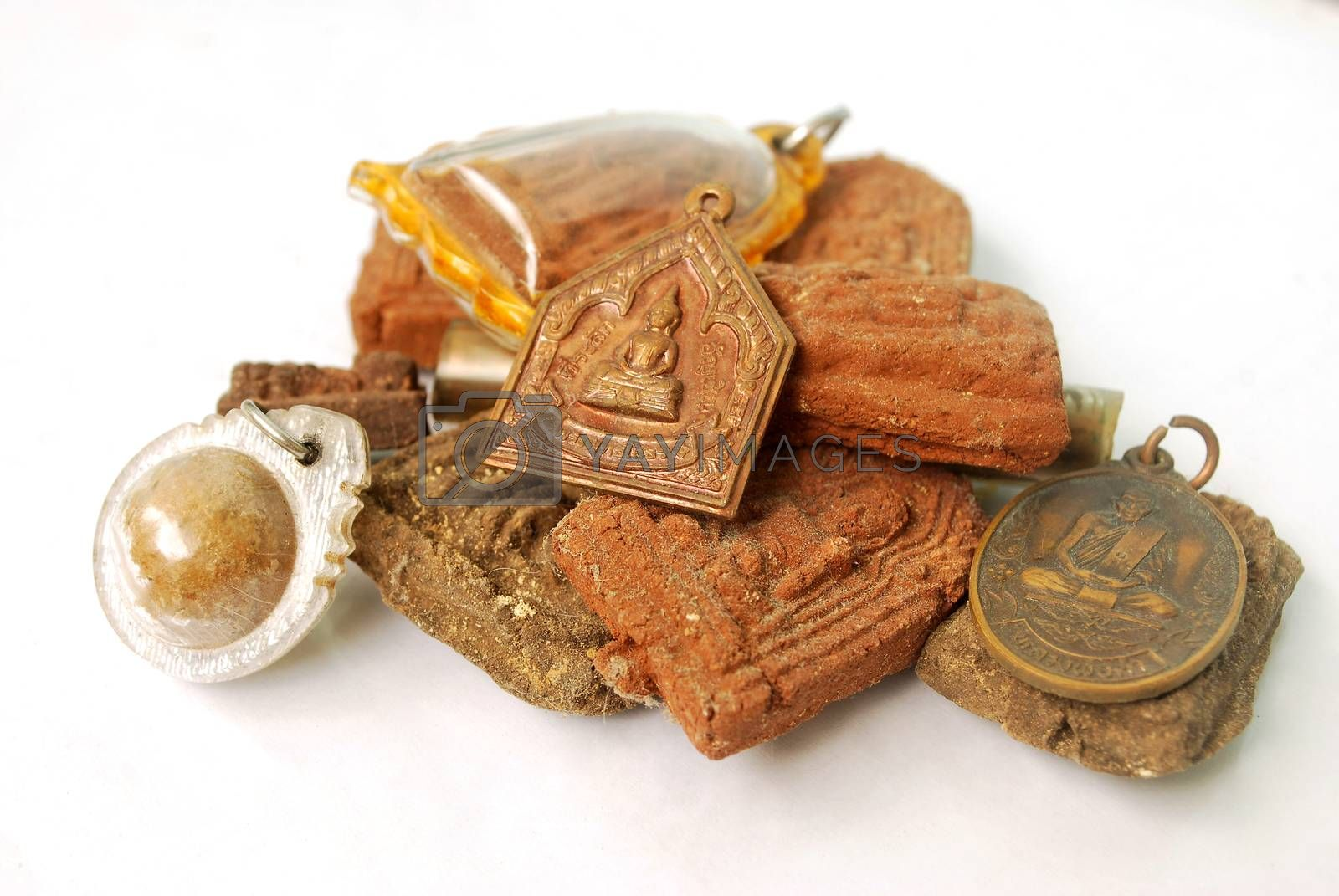 Thai sacred objects by thitimon