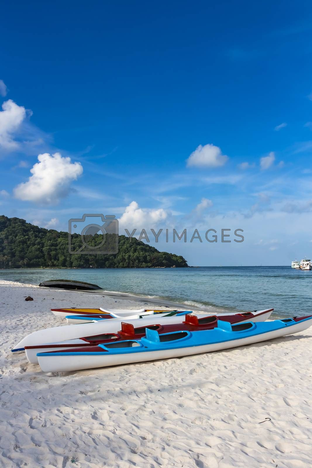 Two empty kayaks lay at Sao Beach in Phu Quoc