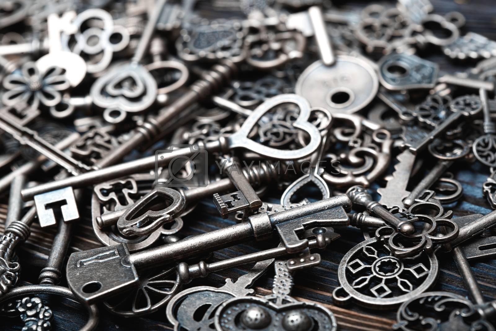 Full frame photo of the various antique keys by Novic