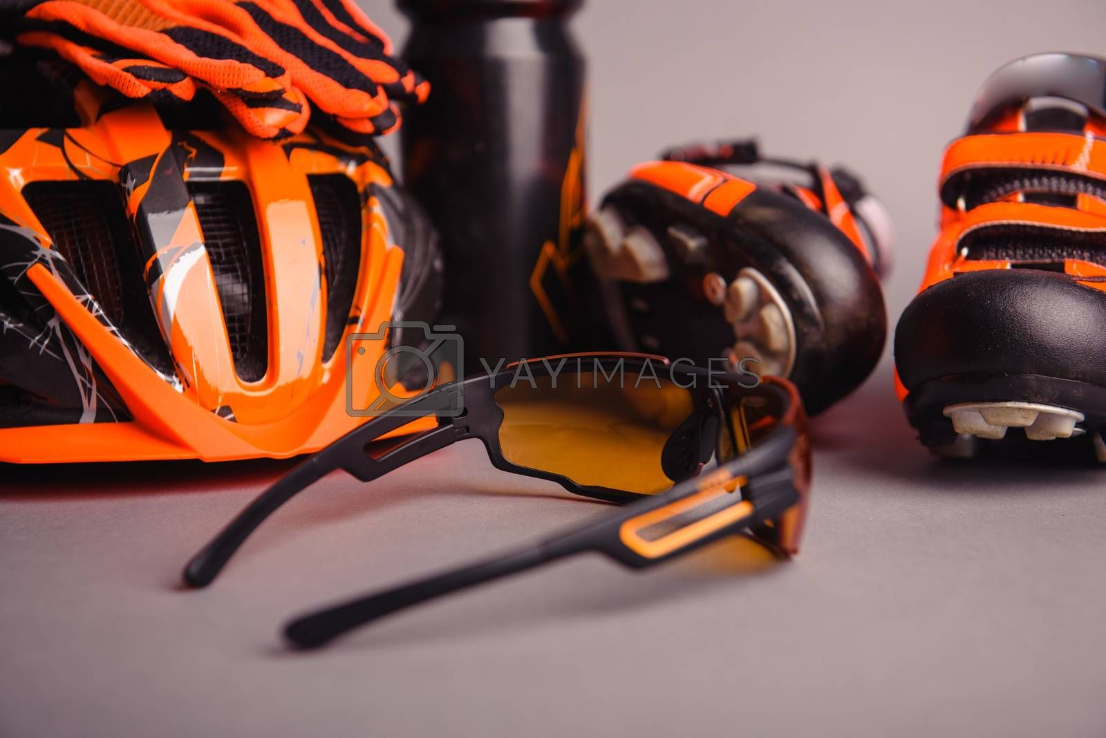 Helmet, gloves and water bottle - bicycle accessories by Brejeq