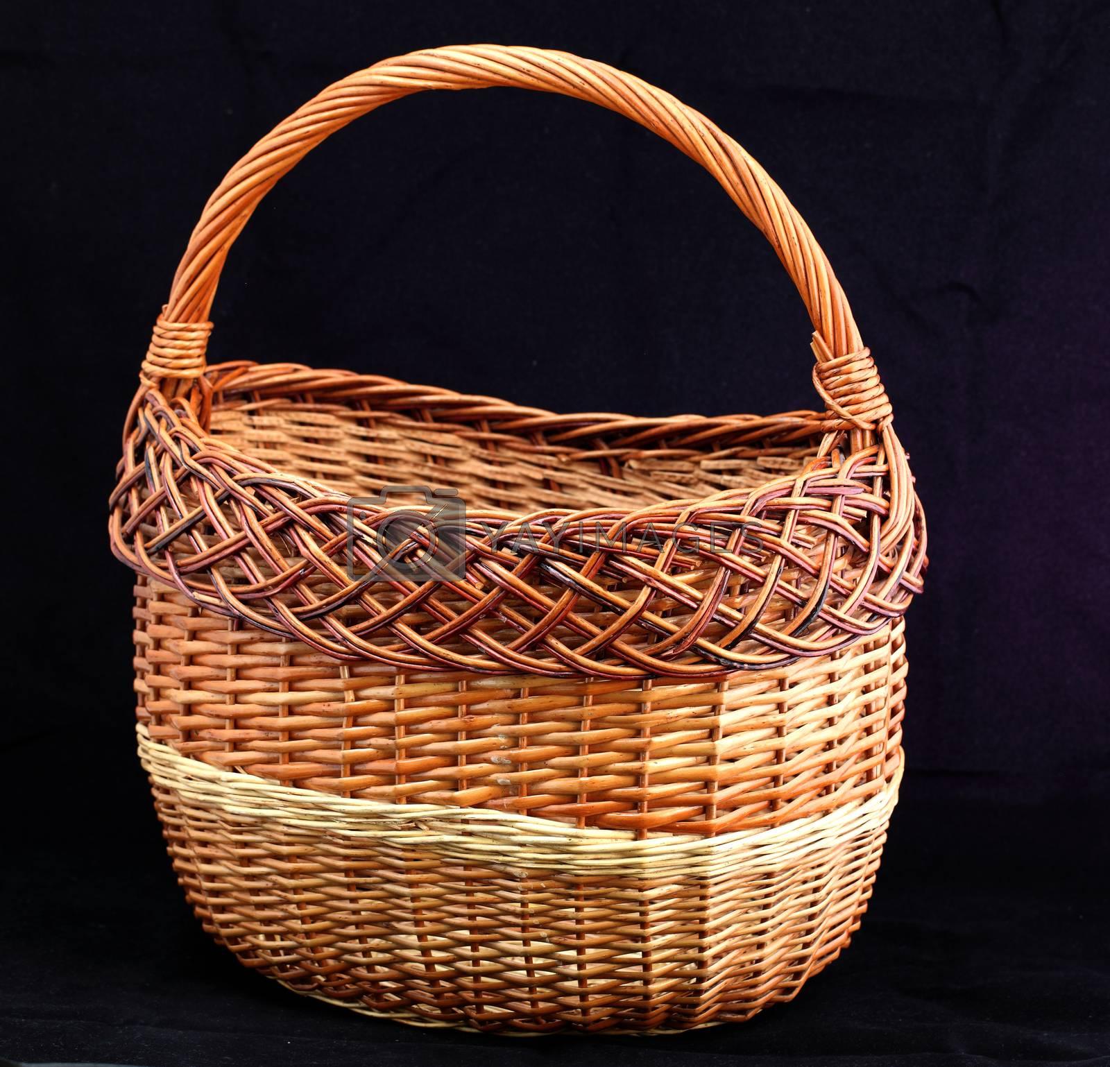 wicker basket  by sagasan