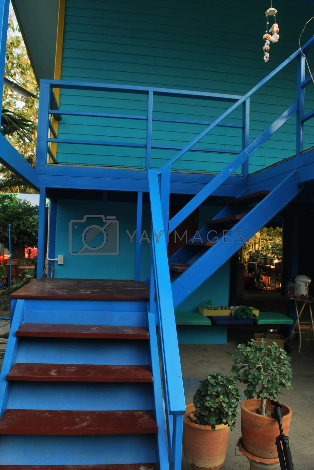 The stairway up to the stairs 2 is a rustproof painted steel frame.