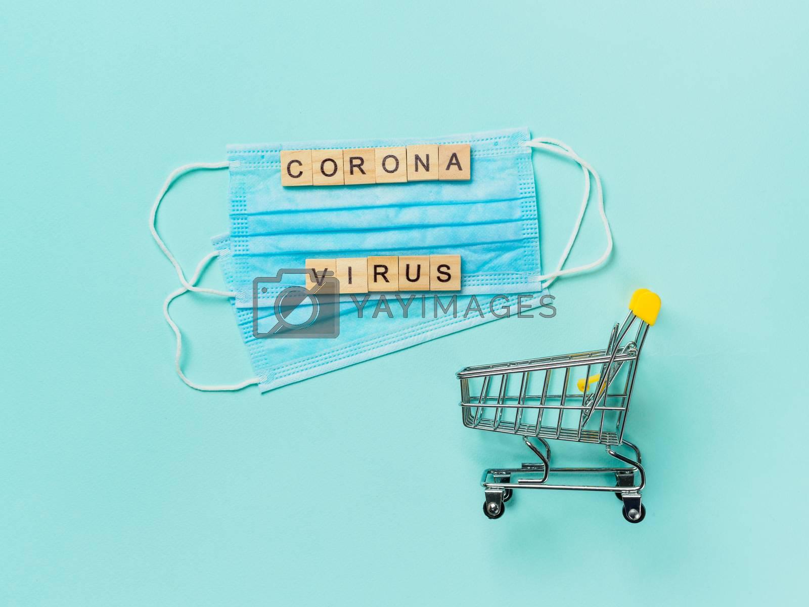 Coronavirus and shopping concept by fascinadora