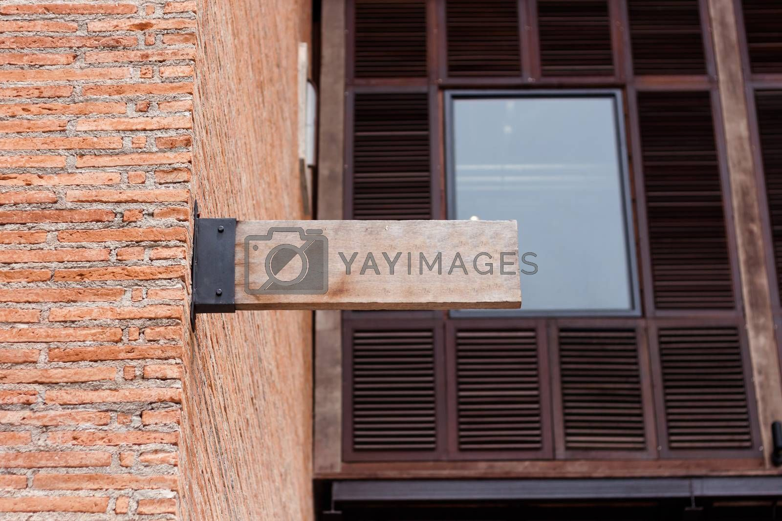 Meeting point sign on wooden plate, stock photo