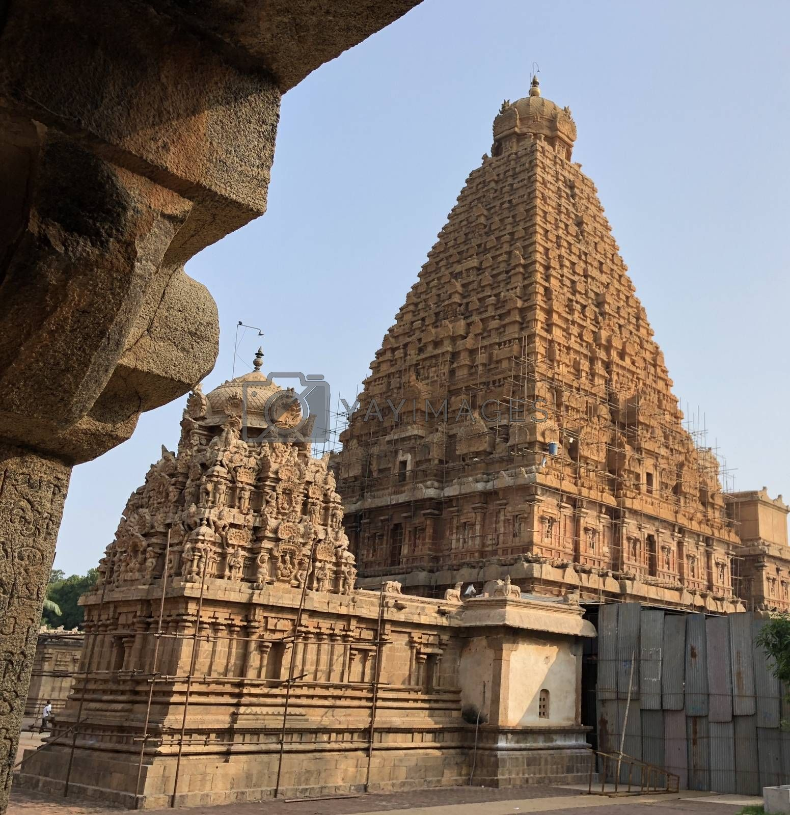 Brihadeeswarar temple in Thanjavur, Tamil nadu, India by Prabhakarans12