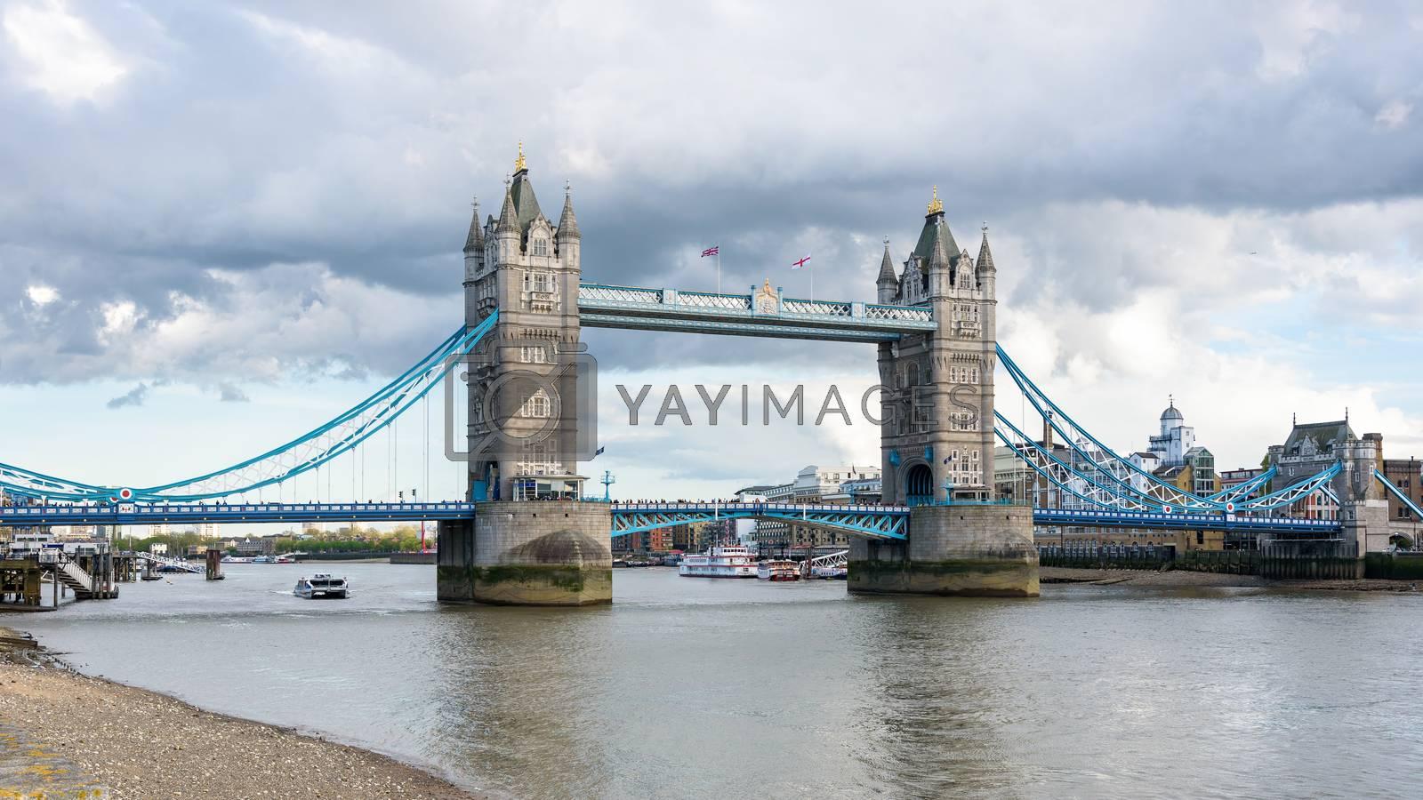 Panoramic view of Tower Bridge, bascule and suspension bridge in London, UK
