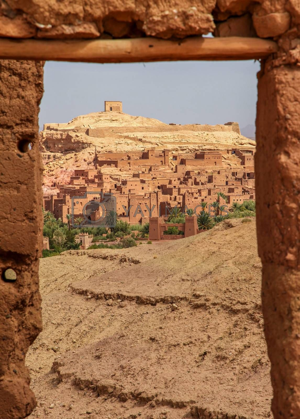 Ait Benhaddou, an ancient fortress city in Morocco near Ouarzazate on the edge of the sahara desert. Used in fils such as Gladiator, Kundun, Lawrence of Arabia, Kingdom of Heaven