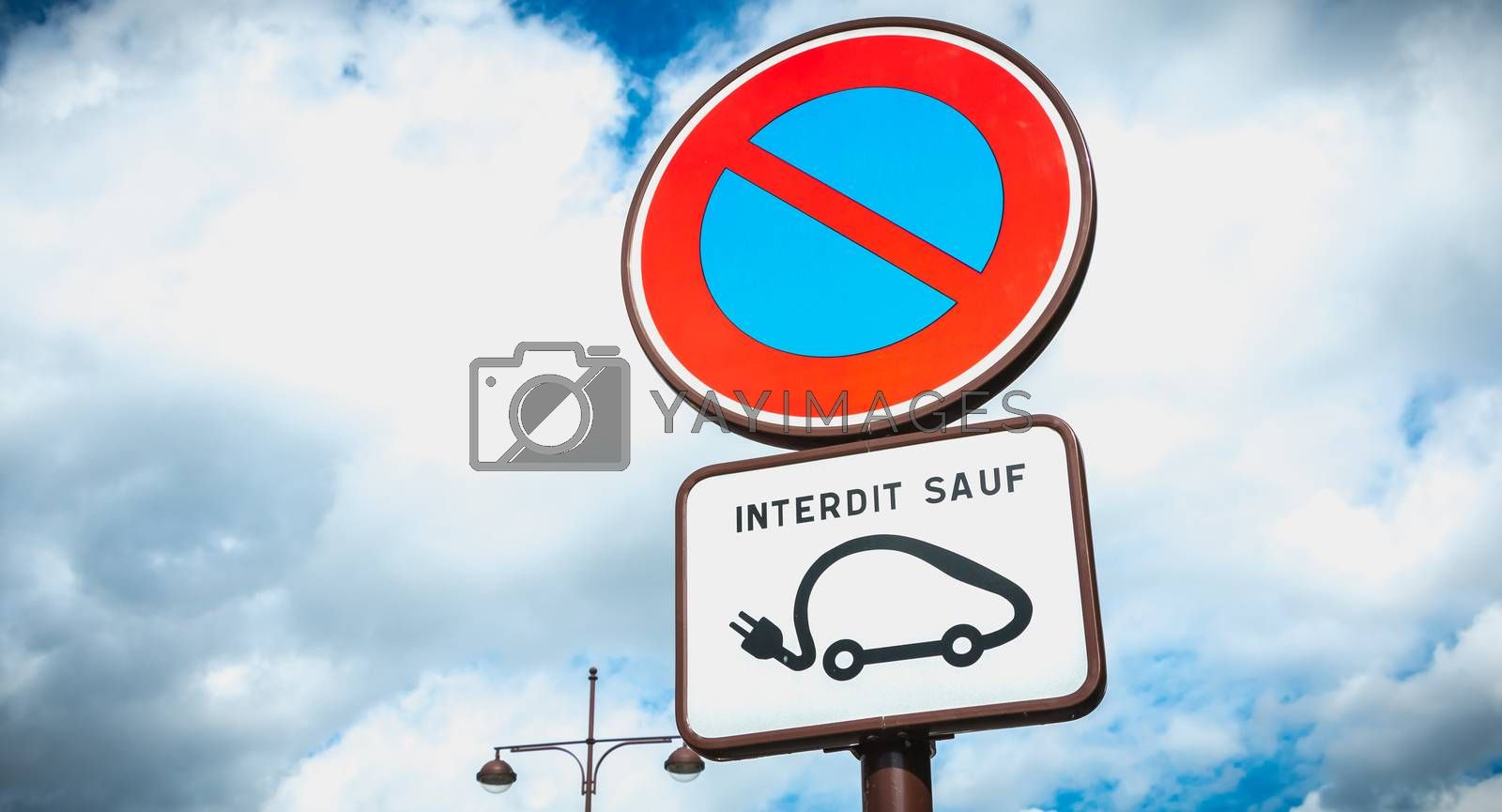 parking prohibition sign except electric vehicle in France