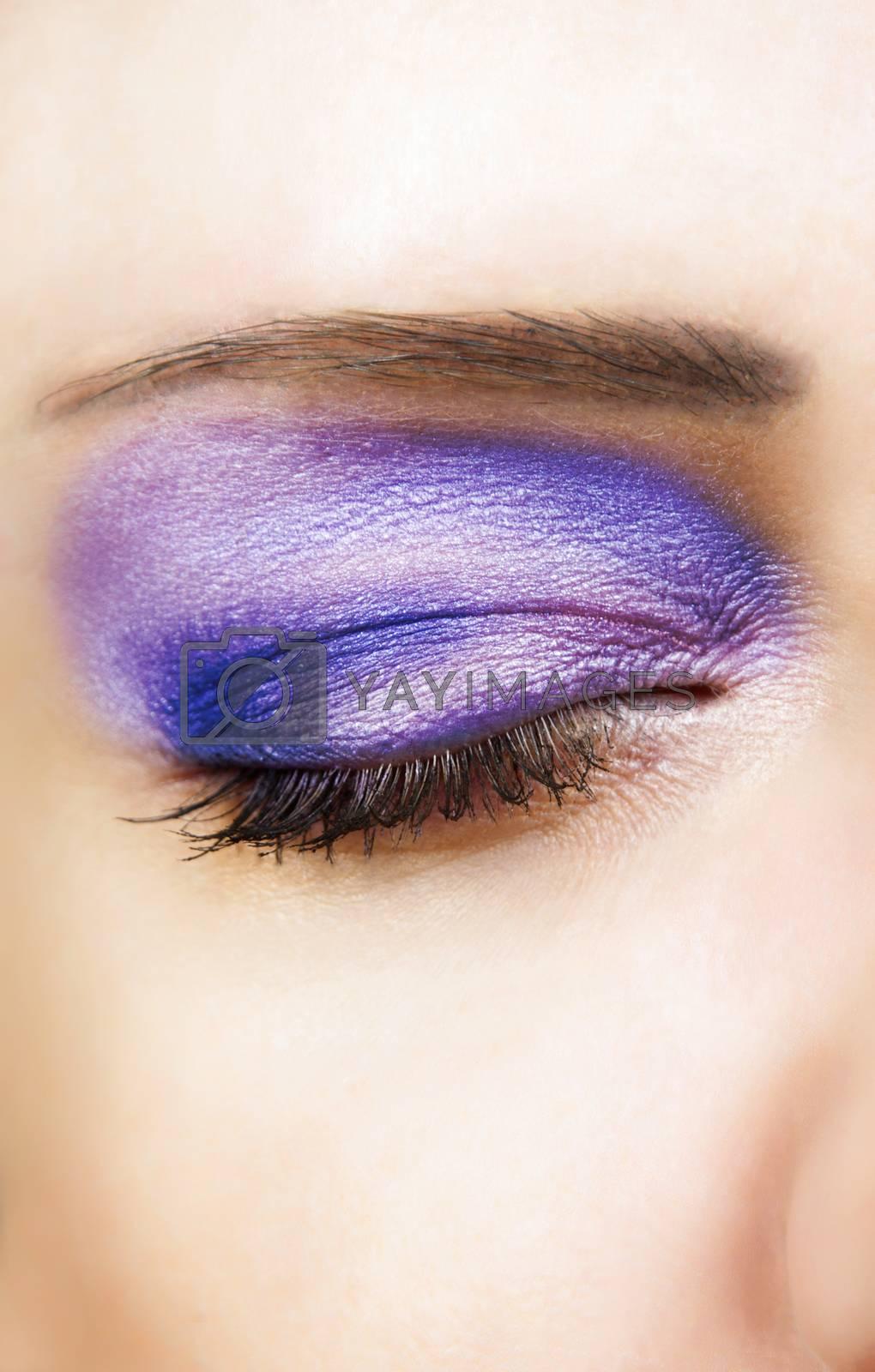 closeup of glamour eye with eyeshadows