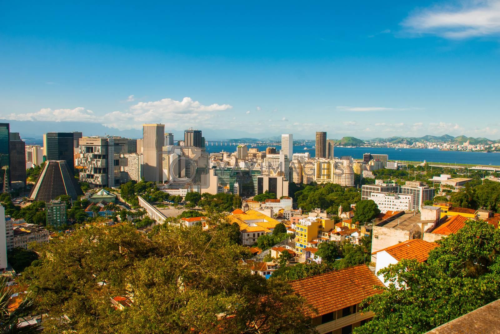 Brasil, Rio de Janeiro: Rio de Janeiro cityscape with the Carioca Aqueduct. The Metropolitan Cathedral of Saint Sebastian