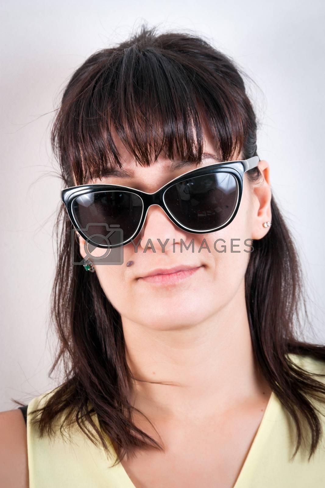 Casual pretty brunette girl closeup