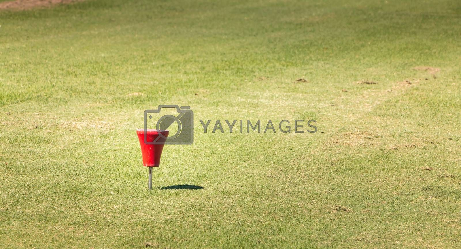 view of red marker starting on a golf course