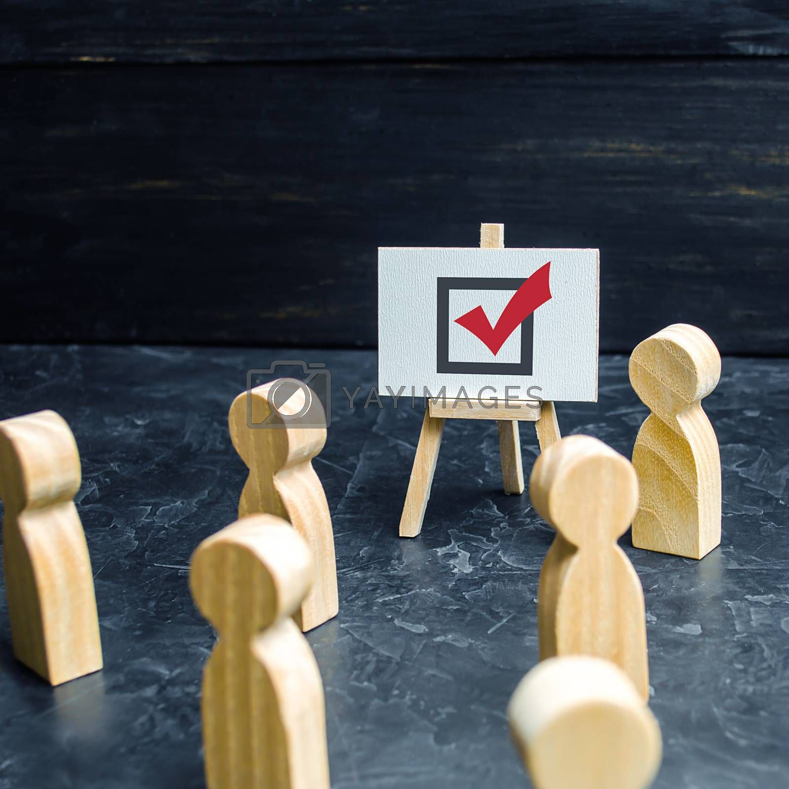 A person agitates people and employees to vote in an election or referendum. Political race, problem solving, propoganda. Business planning and management. Presentation and speech.