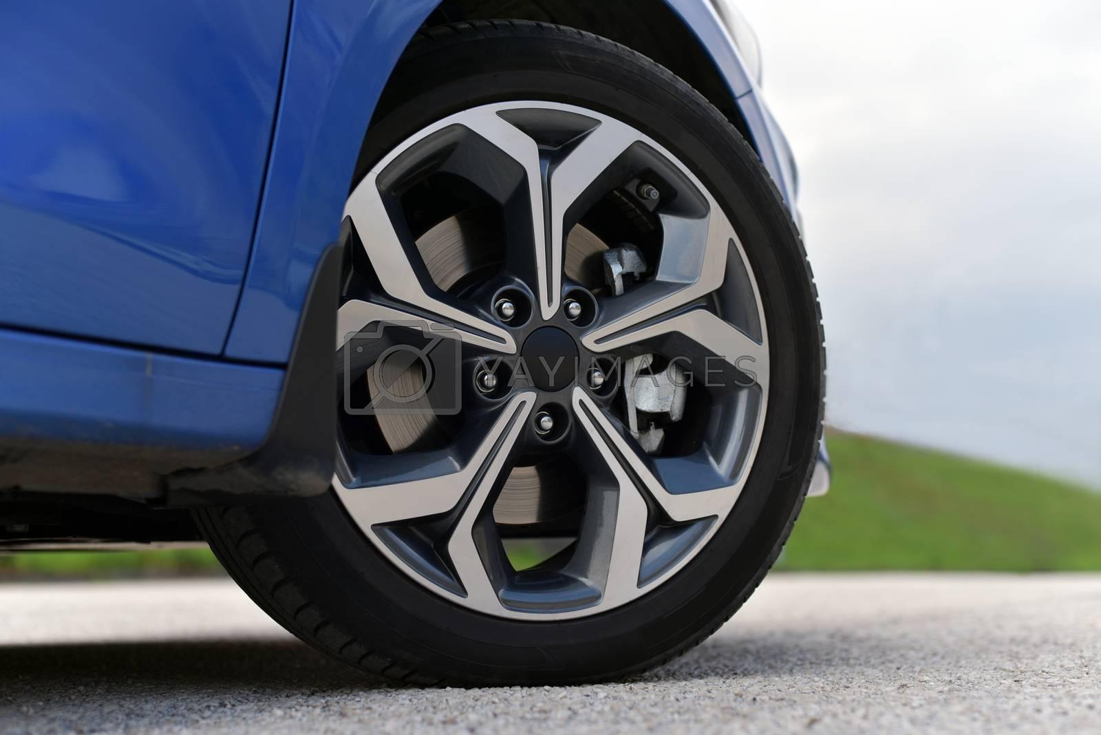 car wheel by aselsa