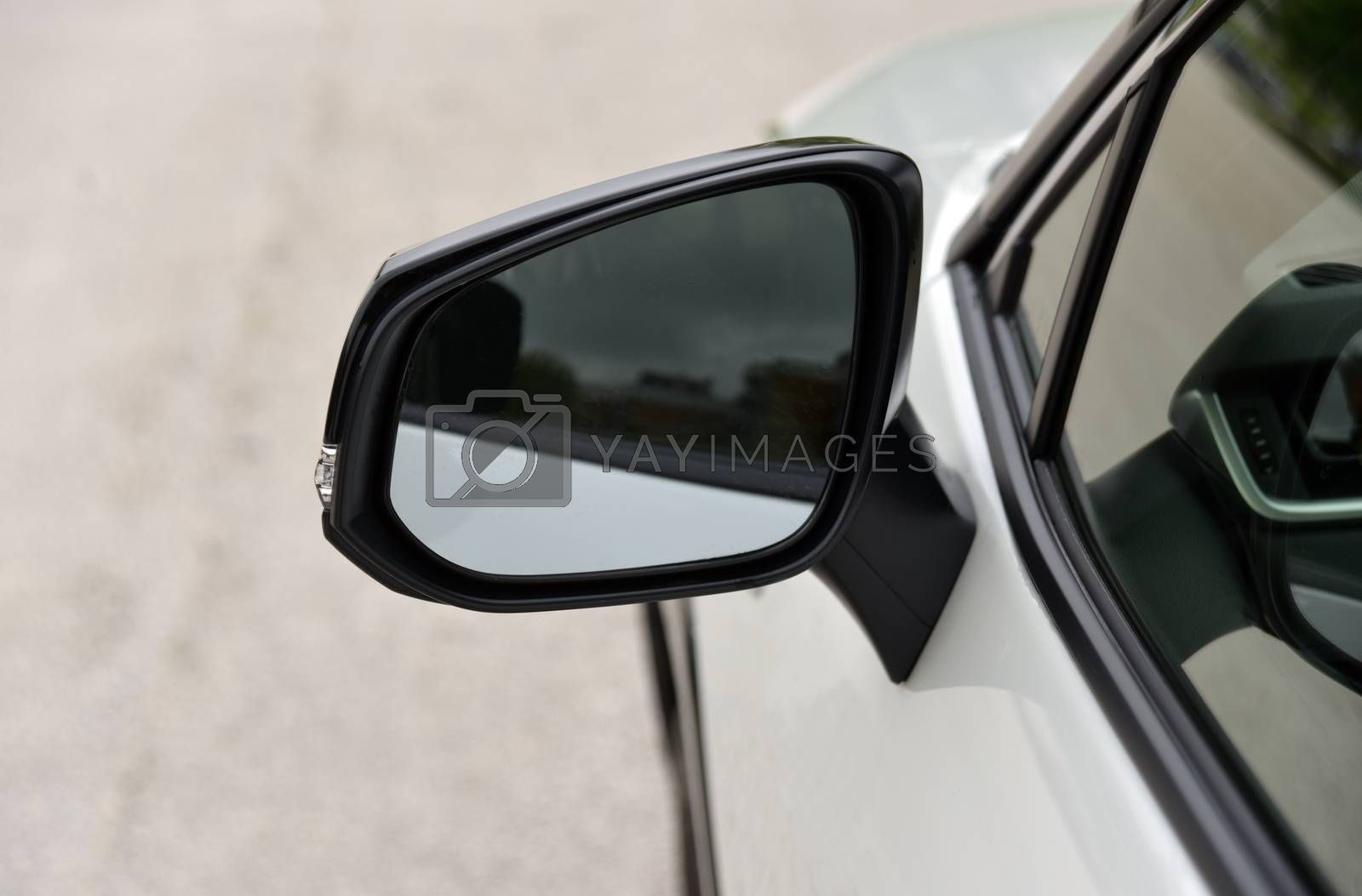 Side mirror with turn signal of a car by aselsa