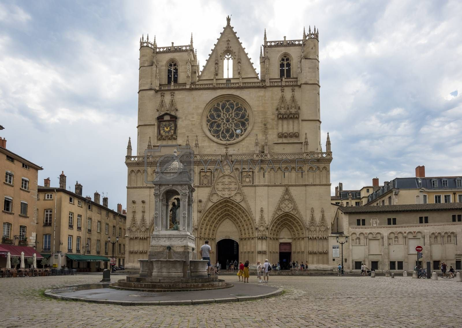 Cathedral Saint-Jean-Baptiste de Lyon with his fountain, Roman Catholic church located on Place Saint-Jean in Lyon, France