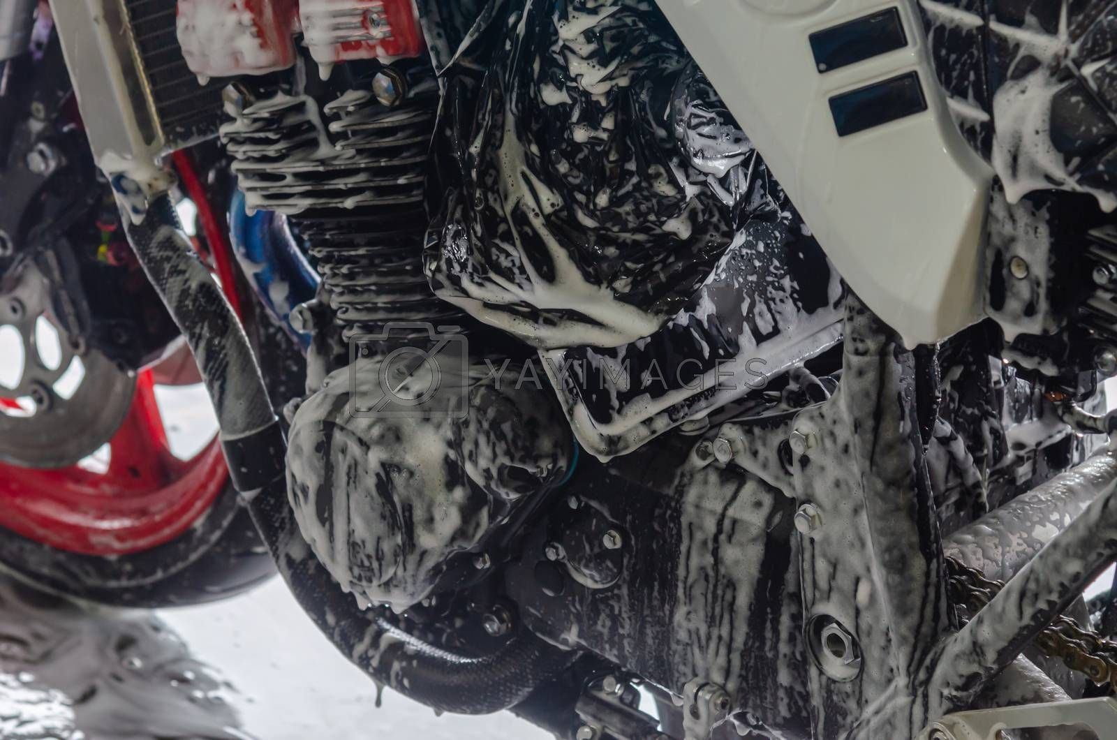 Bubble foam cleaning motorcycle wash