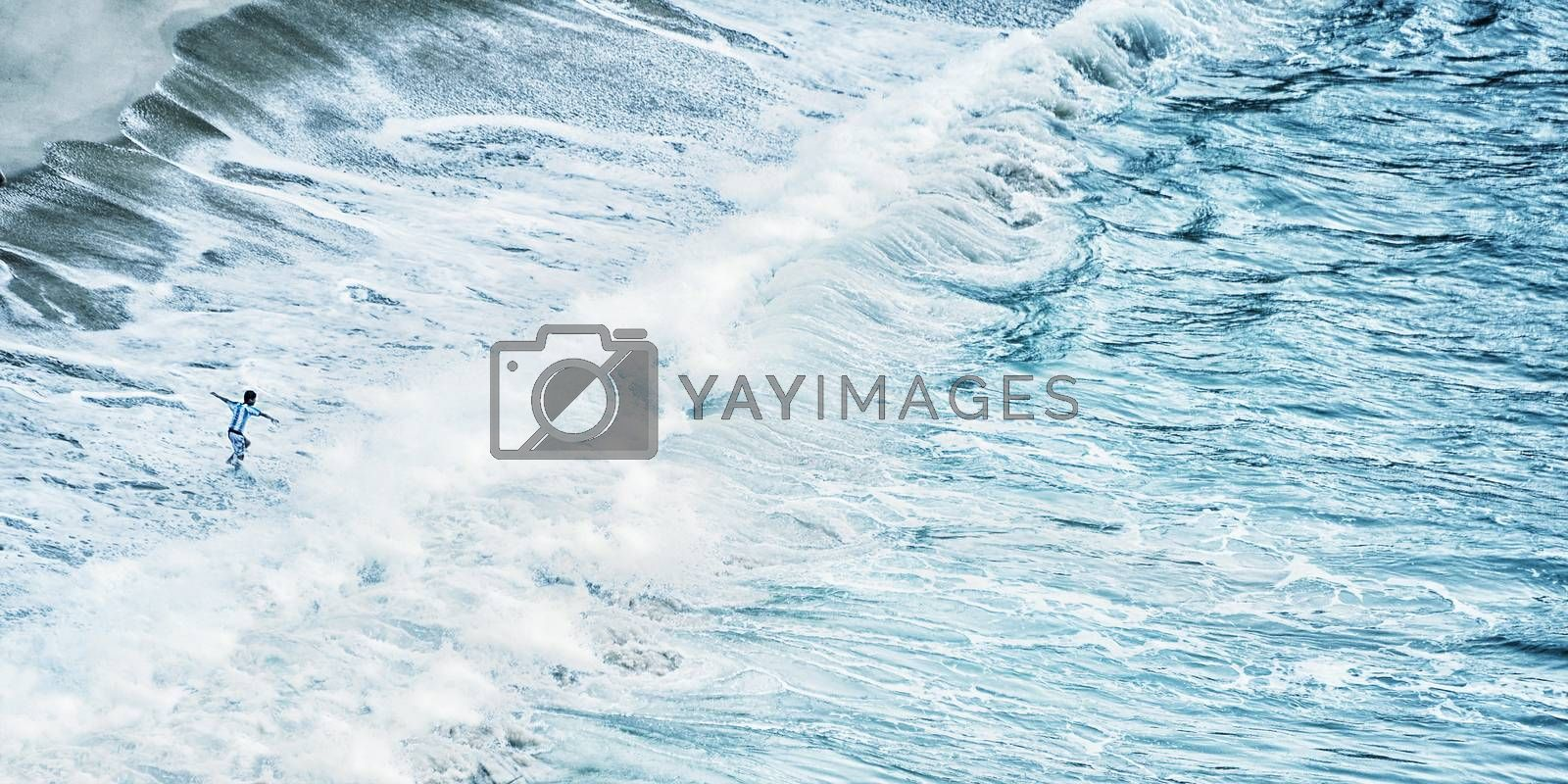 Summer Time Beautiful waves in the sea