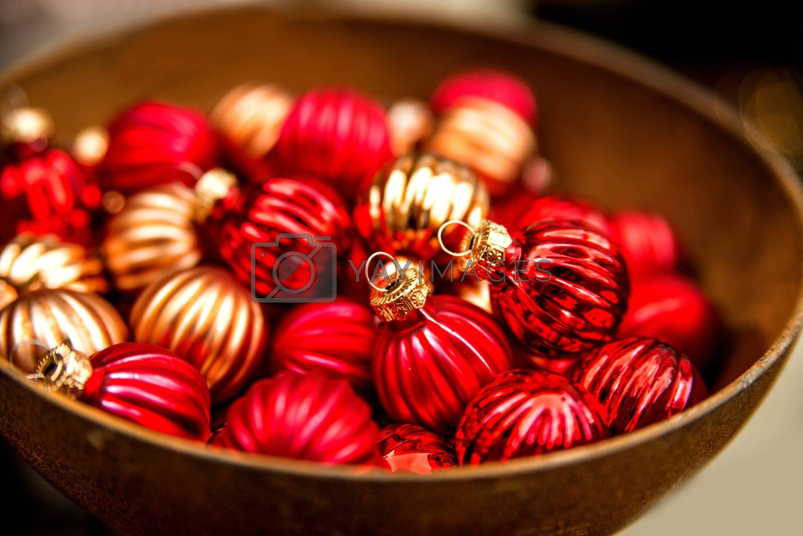 Christmas balls at a christmas market by Jochen