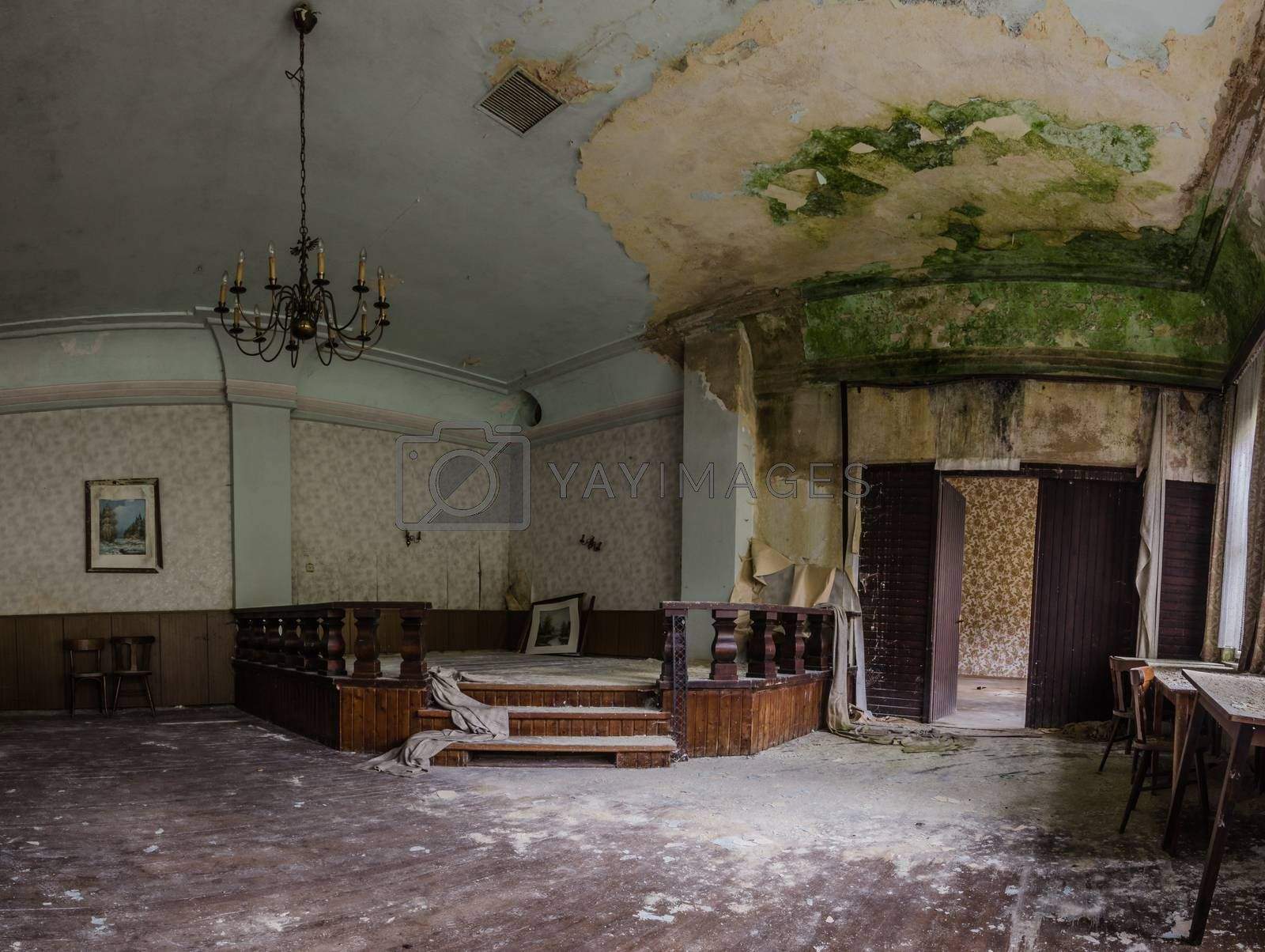 stage with mold in an old inn panorama view