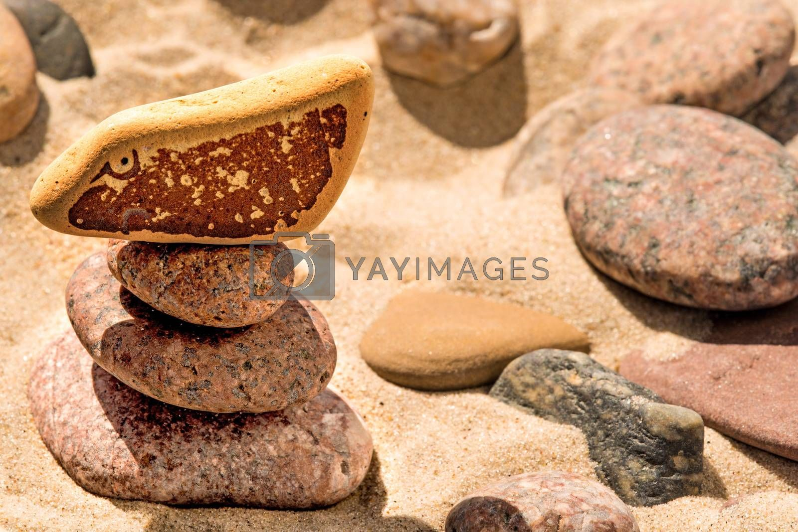 Zen pyramid with eye by bremse