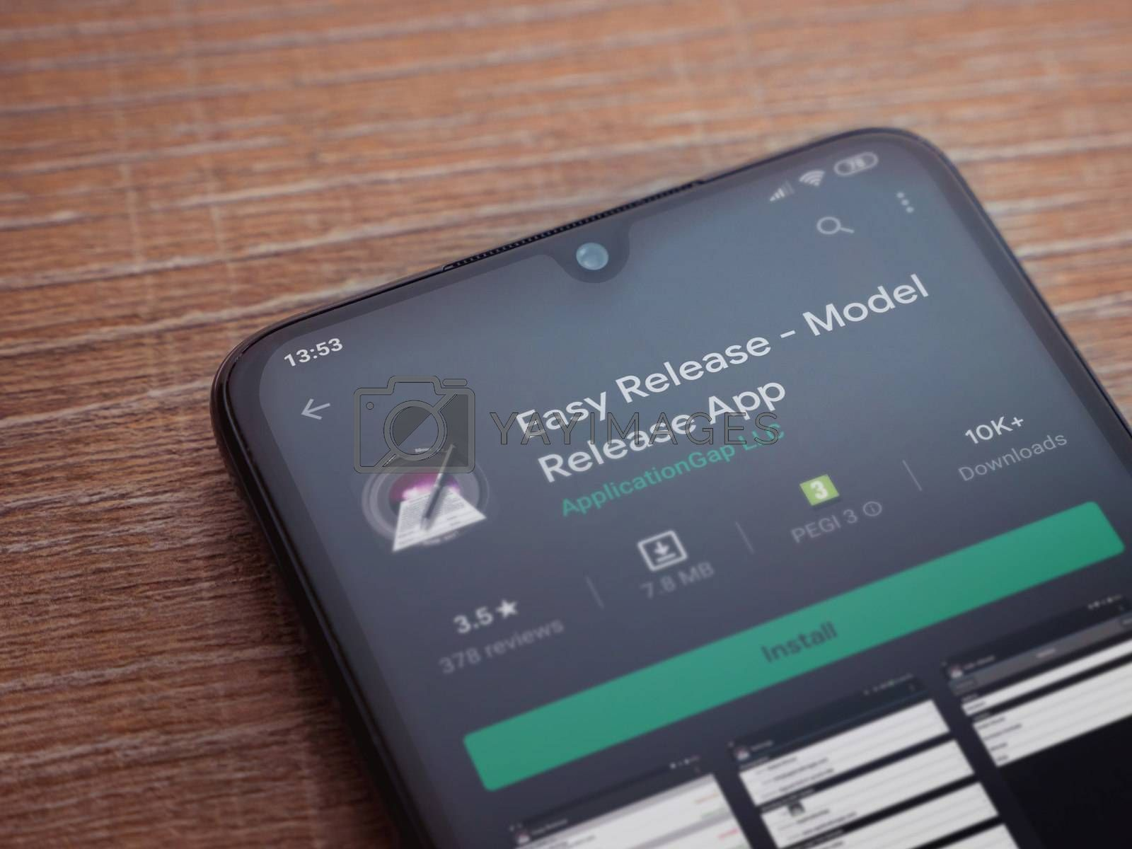 Easy Release Pro - Model Release app play store page on the disp by wavemovies