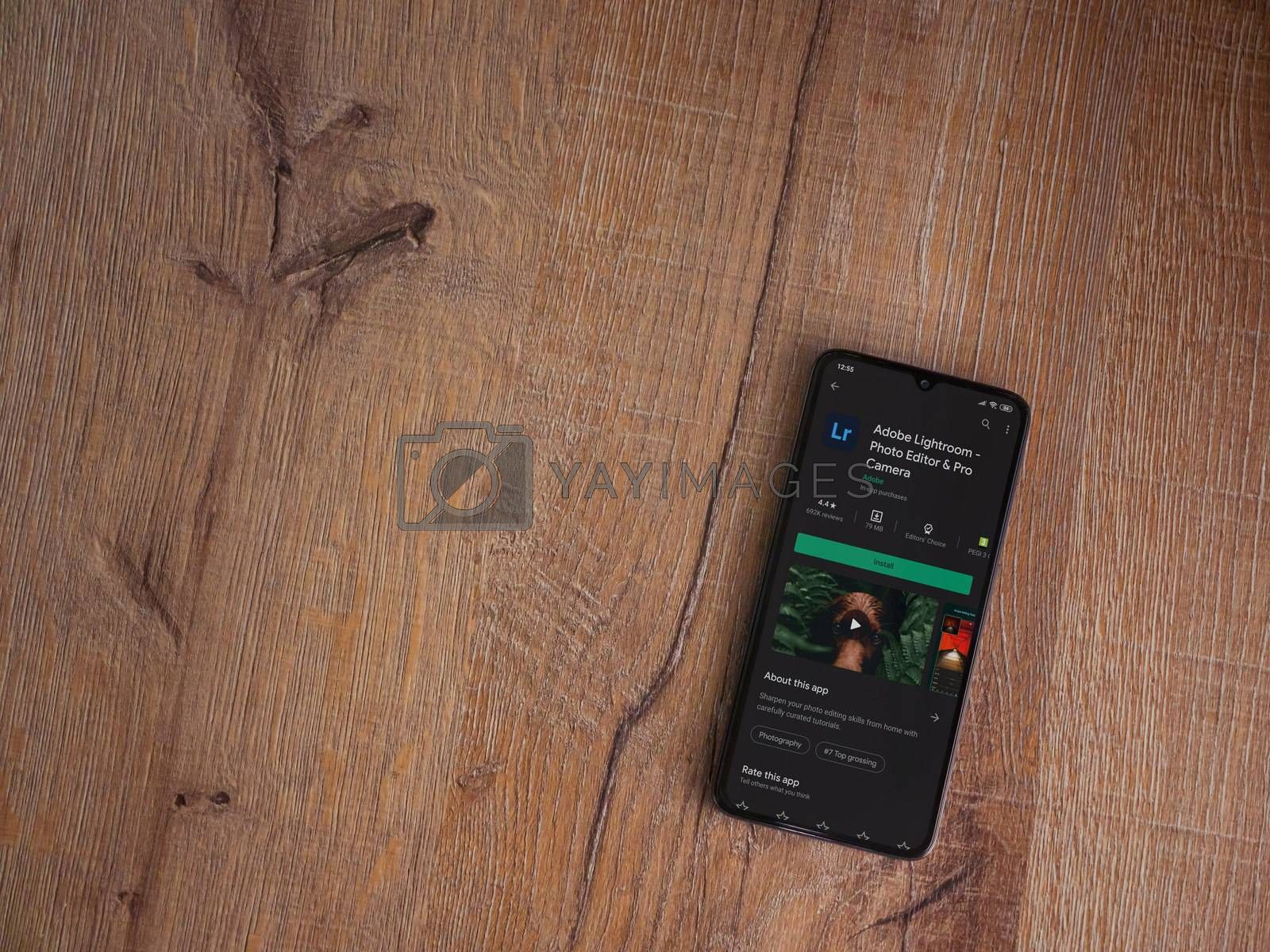 Adobe Lightroom - Photo Editor and Pro Camera app play store pag by Wave Movies