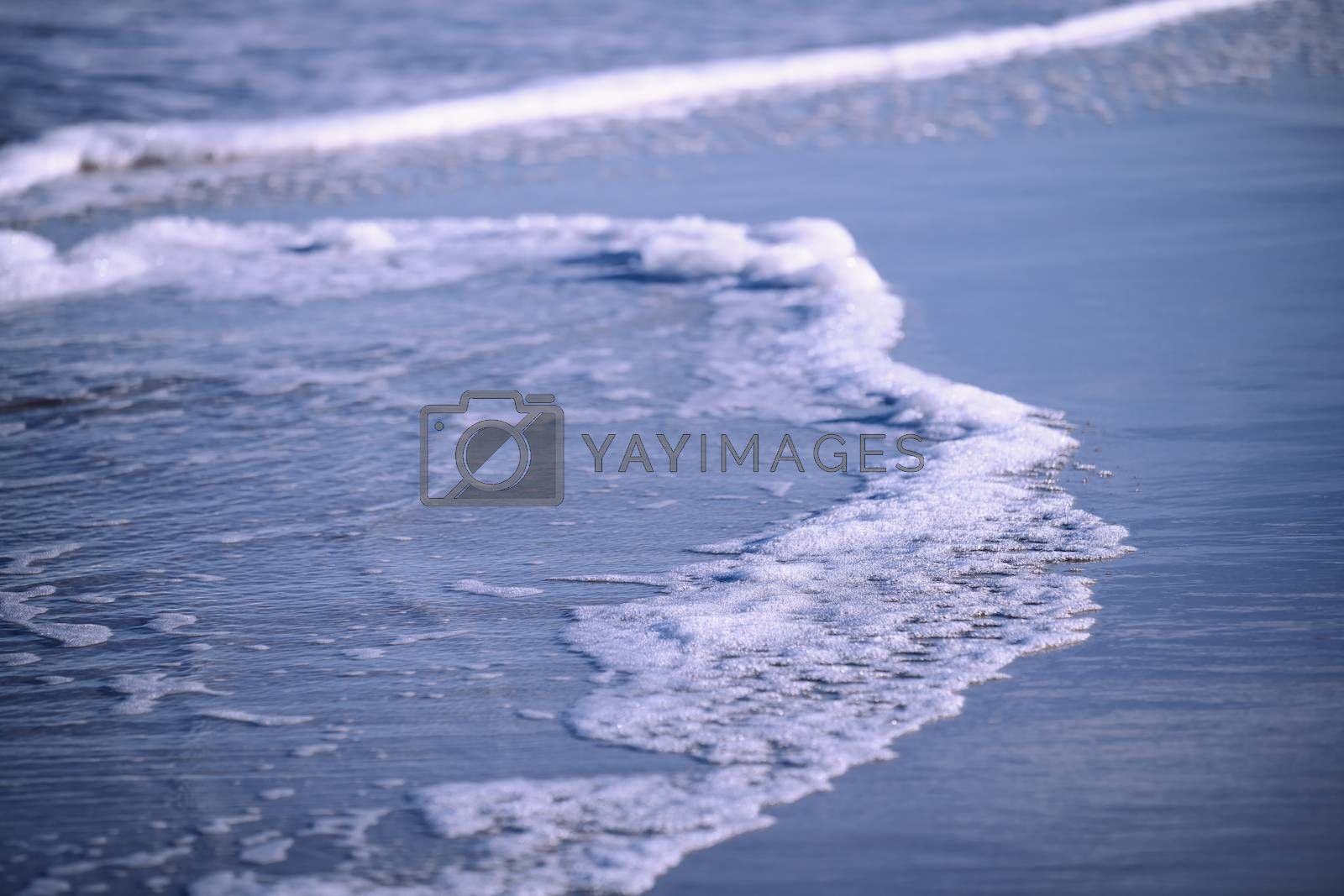 Water and waves in Pacific Ocean