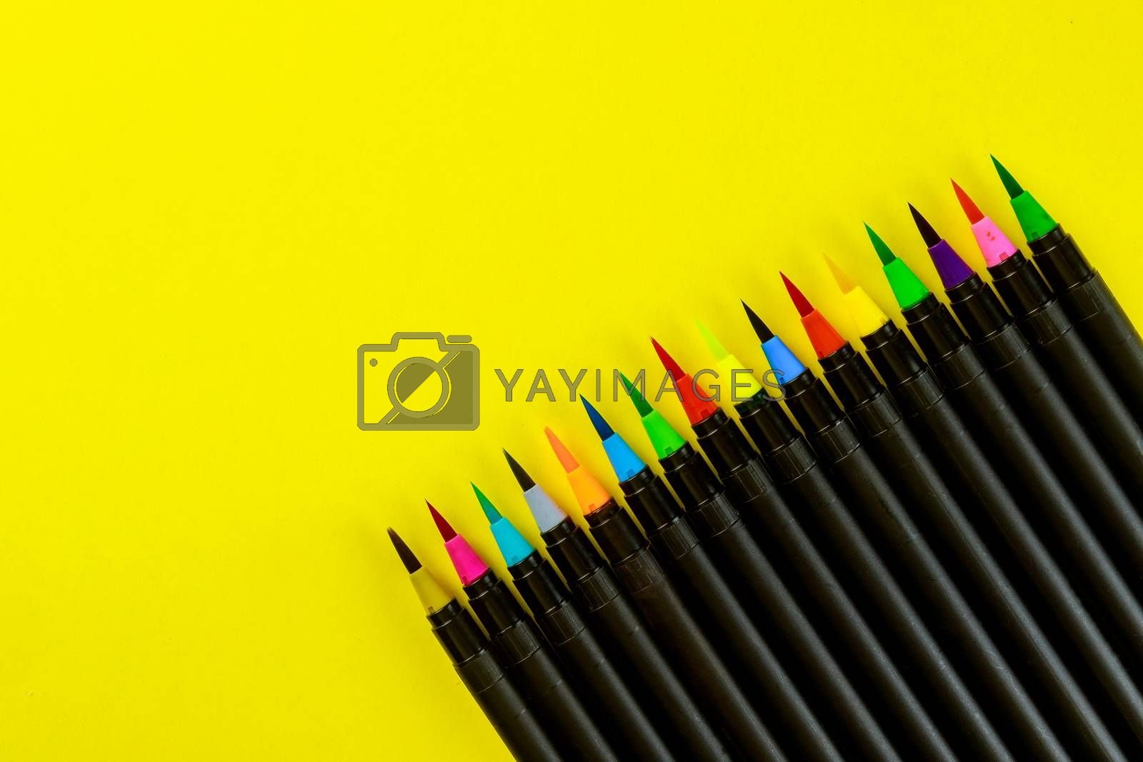 Art supplies watercolor paint pens set of drawing supplies