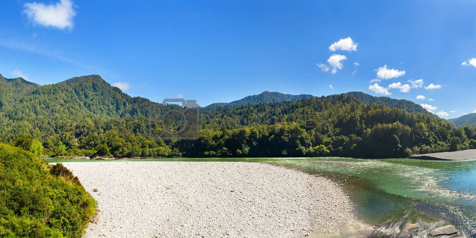 Beautiful bends of the Buller River, New Zealand. Panoramic photo