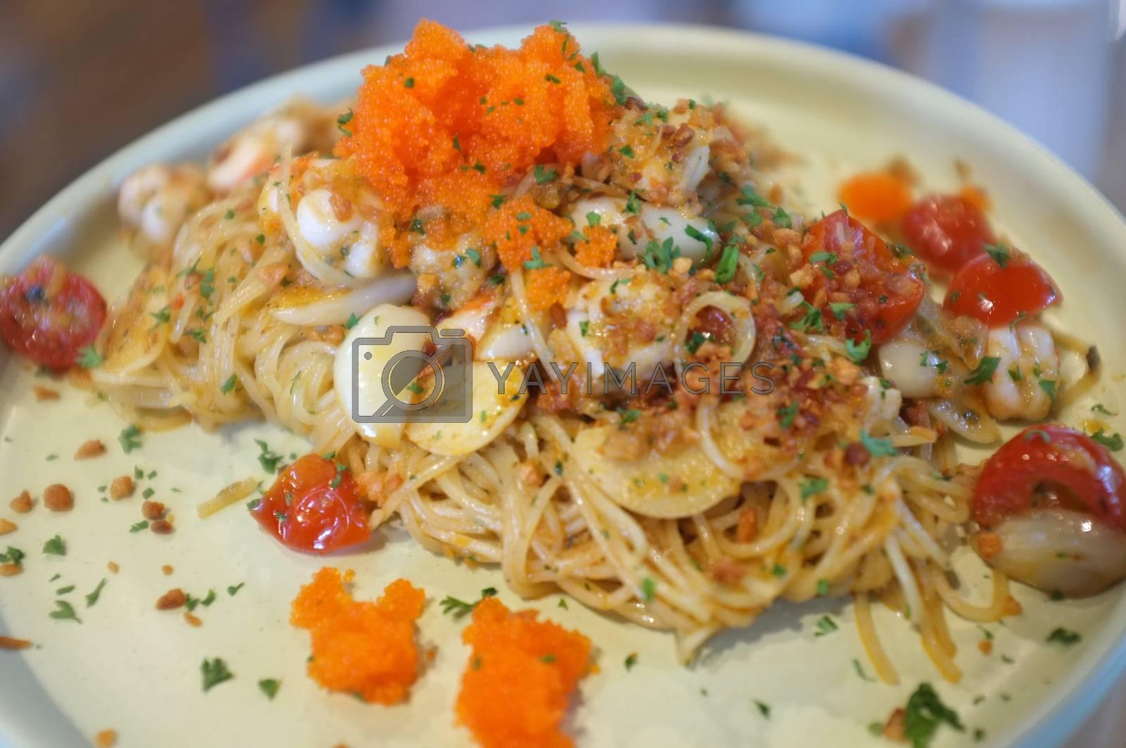 fusion food style , Cream sauce spaghetti egg shrimp