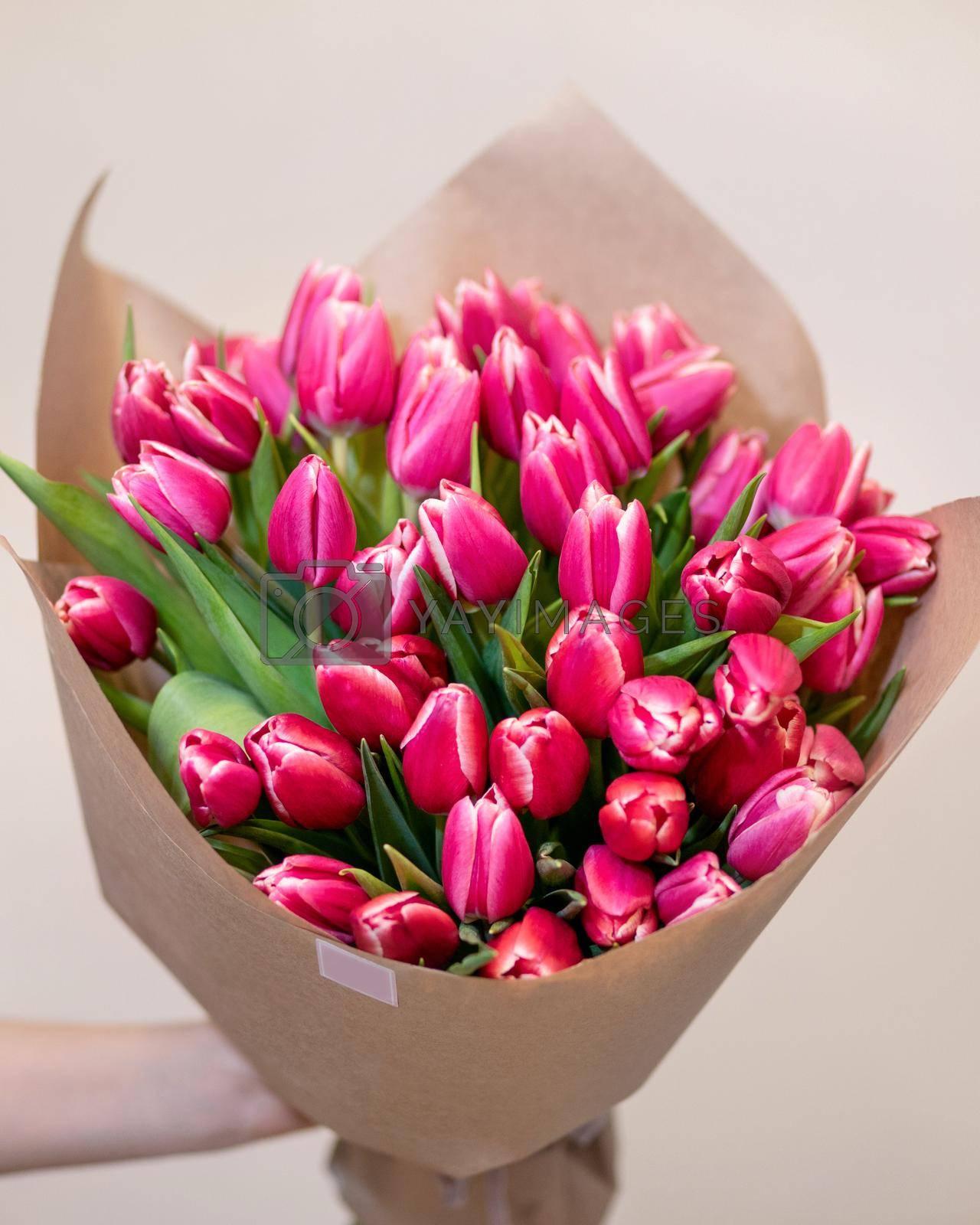 Pink tulpan flower bouquet