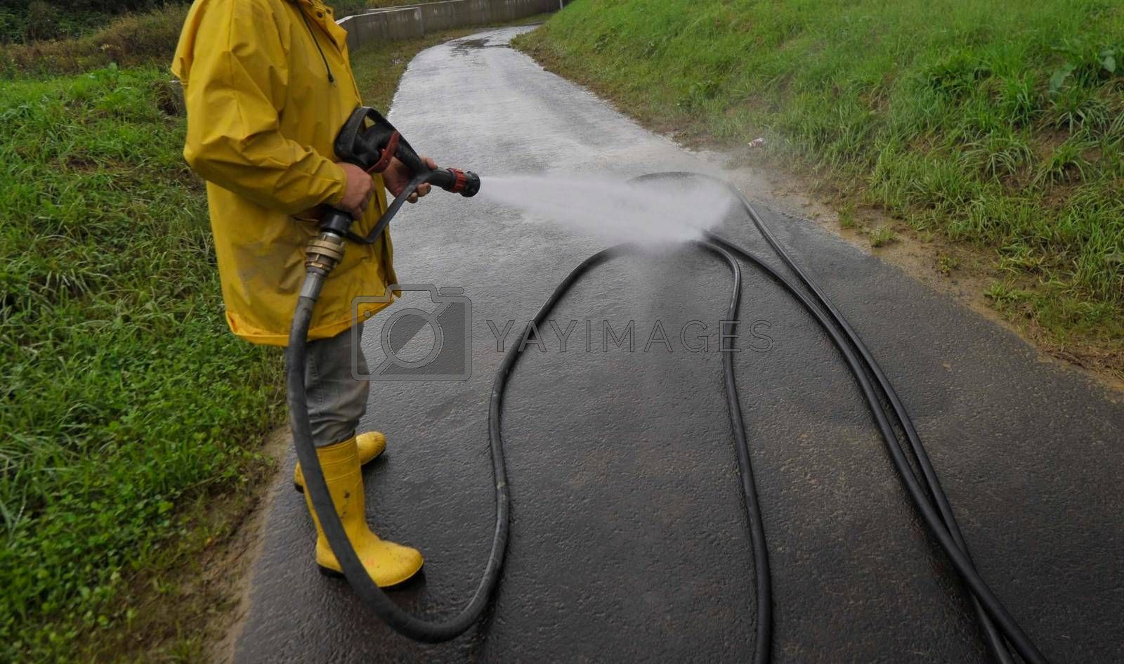 road cleaning and road maintenance as part of public service