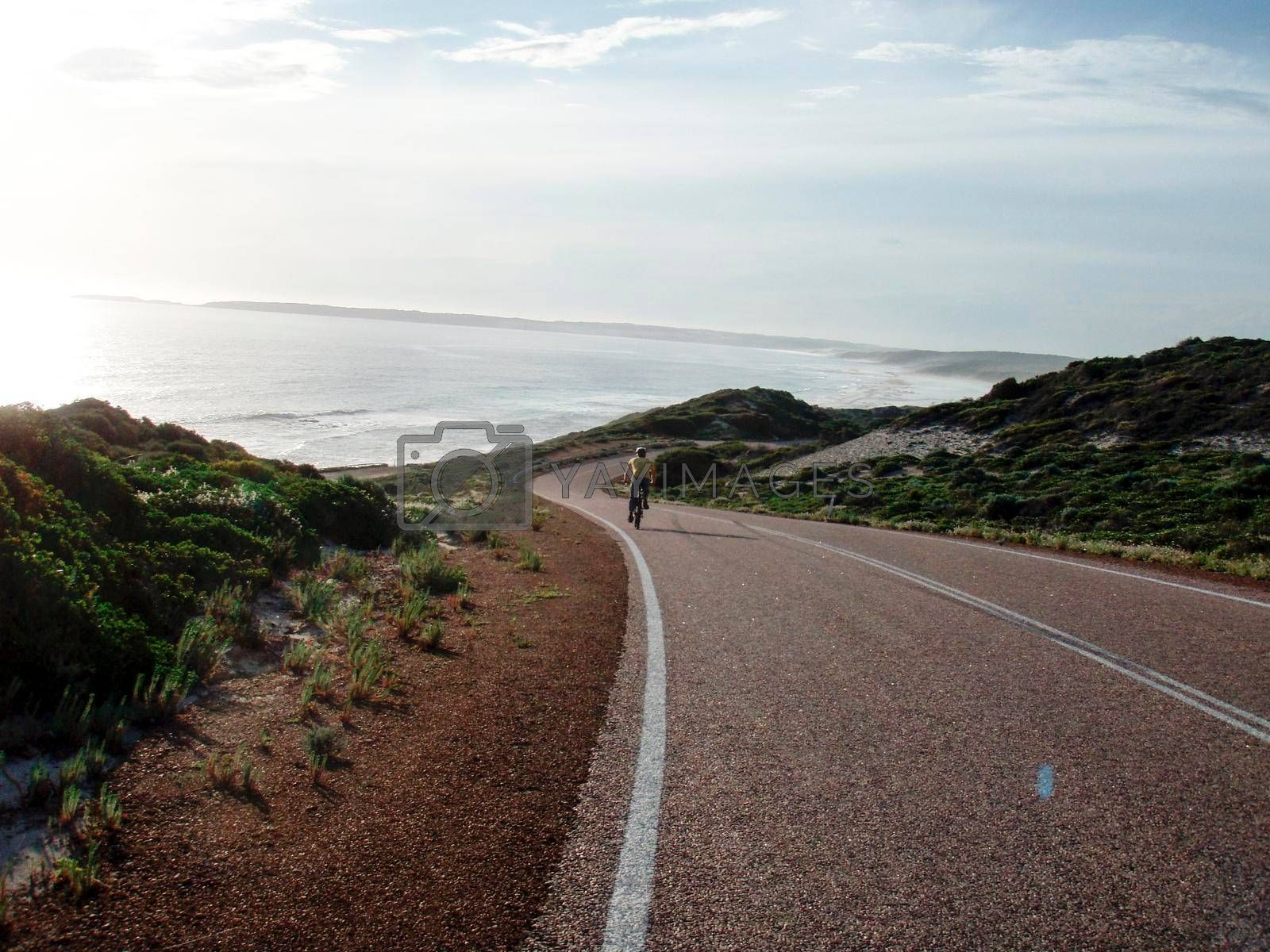 cycling tour on the road in Australia, traveling with the bicycle