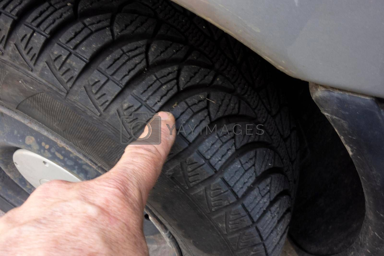 car tire and the tire tread or the tire profile