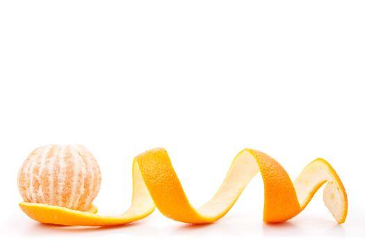 Orange posed on a orange peel