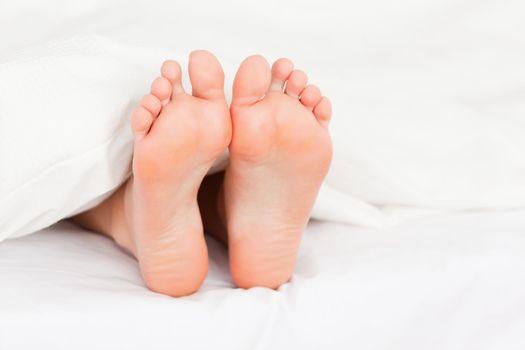 Close up of feminine feet